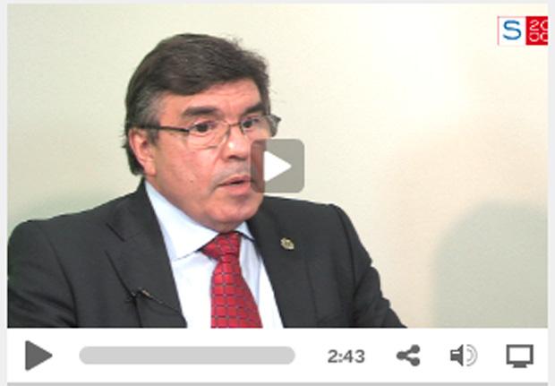 D. ALFONSO VILLA, Presidente del Consejo General de Dentistas de España