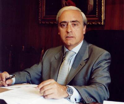EL COMPLEMENTO DE CARRERA PROFESIONAL SE RECONOCE POR LA PRESTACIÓN DEL SERVICIO