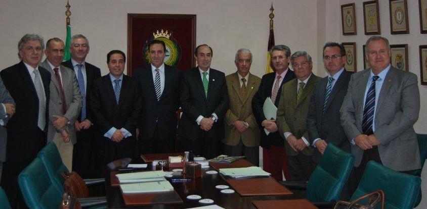LA ASOCIACIÓN ANDALUZA DE DERECHO SANITARIO PRESENTA SUS CREDENCIALES ANTE INSTITUCIONES SANITARIAS DE SU COMUNIDAD.