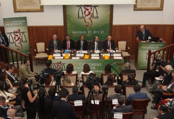 LOS CENTROS SANITARIOS DEBEN ADAPTARSE A LA NUEVA NORMATIVA EUROPEA DE PROTECCIÓN DE DATOS