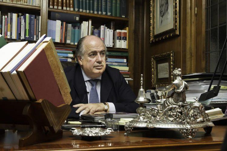 """RICARDO DE LORENZO: """"HAY UN INTERÉS CRECIENTE DE LOS PROFESIONALES SANITARIOS HACIA EL MUNDO JURÍDICO"""""""