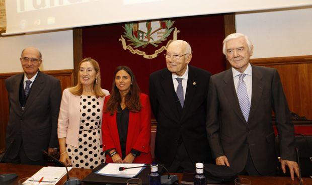 """CUATRO EXMINISTROS DE SANIDAD ACUERDAN: """"EL SNS DEBE ACTUALIZAR SUS LEYES"""""""